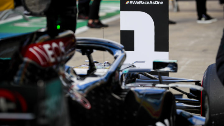 Lewis Hamilton larga na Pole do GP da Inglaterra 2020